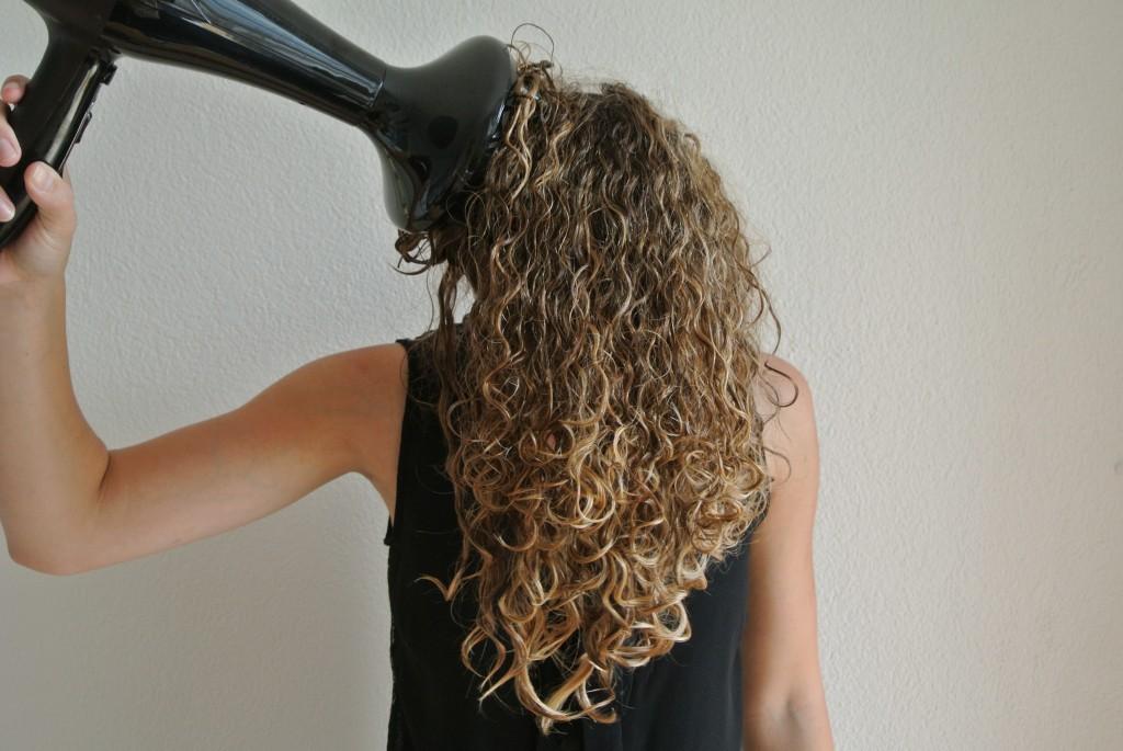 Как сухие волосы сделать кудрявыми