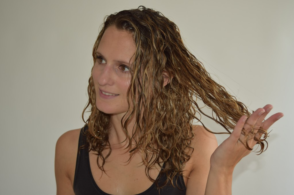 ... you can comb through your curls without encountering a knot :-)