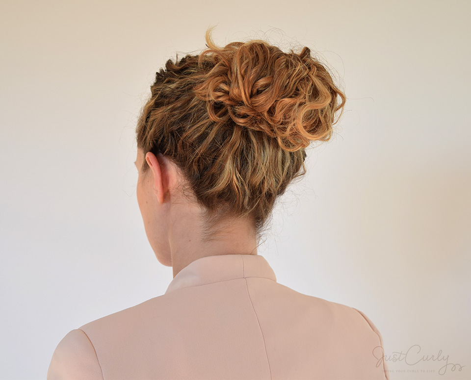 The 1 Minute Messy Bun Tutorial Justcurly Com