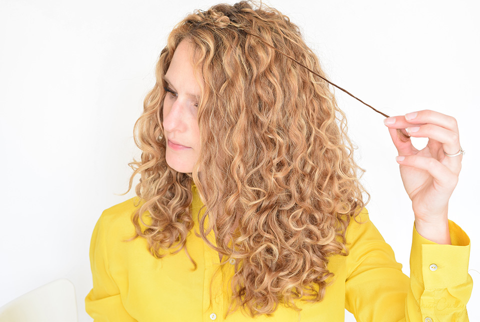 How To Fix Frizzy Spots In Only 5 Minutes Justcurly Com