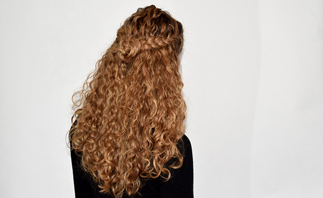 A Cute Hairstyle Idea For Second Or Third Day Curls