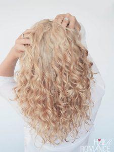 Curly Blogger Series: Meet Christina